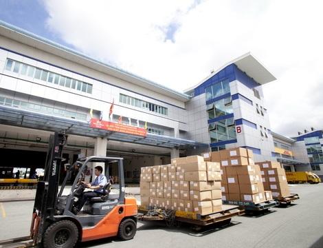 Giao nhận, vận chuyển hàng hóa